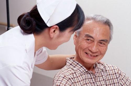 哪些方面是老年白癜风患者应该注意的呢